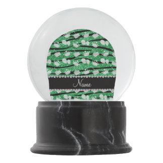La cebra verde del brillo raya el globo de la bola de nieve