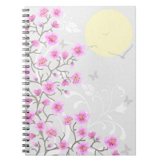 La cereza japonesa florece el cuaderno