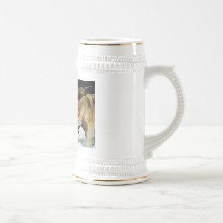 La cerveza de la manada de lobos stien taza de café