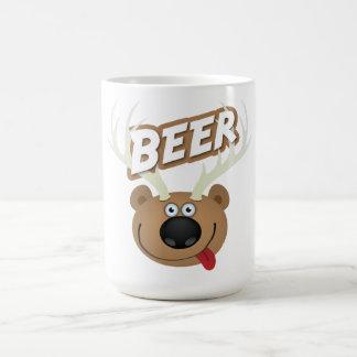 La cerveza de los ciervos del oso taza básica blanca