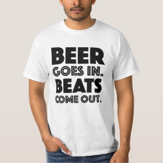 La cerveza entra. Golpes salidos. Para los Playera