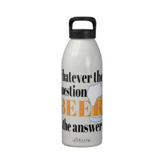 La cerveza es la respuesta botellas de beber