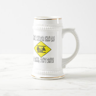 La cerveza es más barata que el gas tazas de café