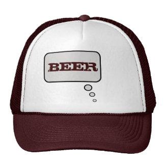 La cerveza piensa el gorra de la burbuja