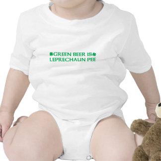 La cerveza verde es pis del Leprechaun Camiseta