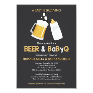 La cerveza y la invitación de la fiesta de