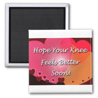 La cirugía de la rodilla consigue pronto corazones imán cuadrado
