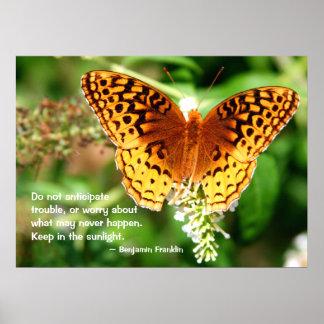 La cita inspiradora mantiene mariposa del naranja posters
