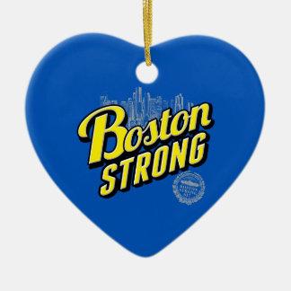 La ciudad de Boston fuerte recuerda en azul Adorno Navideño De Cerámica En Forma De Corazón