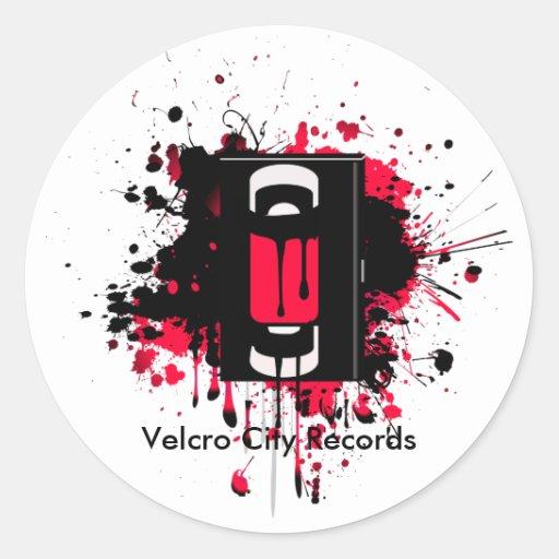 La ciudad del Velcro registra al pegatina