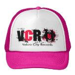 La ciudad del Velcro registra el gorra