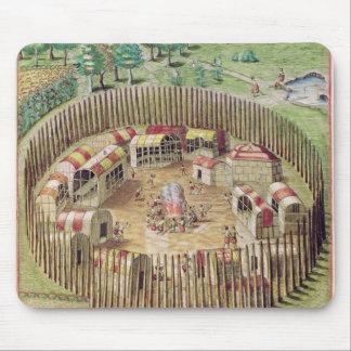 La ciudad fortificada de Pomeiooc Alfombrillas De Ratón