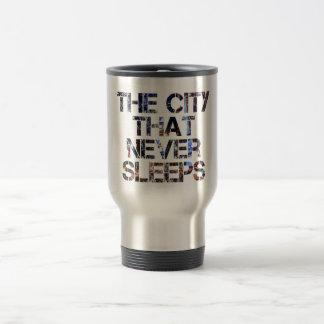 La ciudad que nunca duerme taza de café
