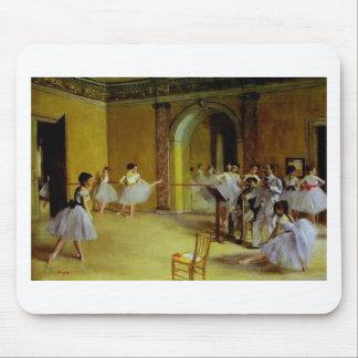 La clase de danza en la ópera cerca desgasifica mouse pad