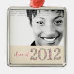 La clase de foto mayor de 2012 chicas representa ornaments para arbol de navidad