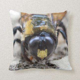 La colección animal - manosee la abeja almohada