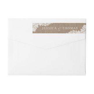 La colección blanca rústica del cordón de la etiquetas postales
