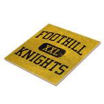 La colina Knights el atletismo Teja