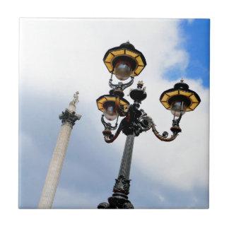 La columna Londres de Nelson Tejas Cerámicas