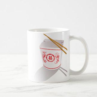 La comida china saca los palillos de la caja gráfi taza de café