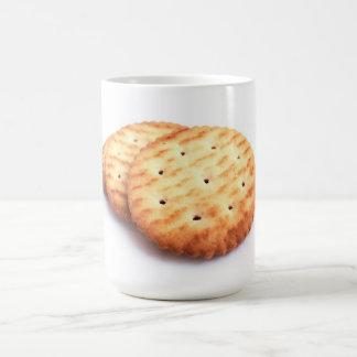 La comida clásica de las galletas de la taza come