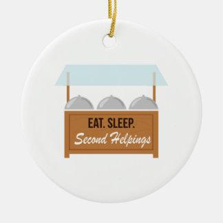 La comida fría come los segundos Helpings del Adorno De Navidad
