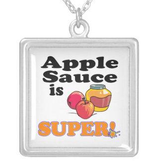 la compota de manzanas es estupenda colgante cuadrado