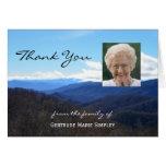 La condolencia de encargo le agradece las montañas felicitación