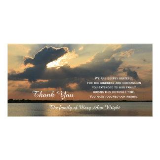 La condolencia de la puesta del sol le agradece tarjeta con foto personalizada