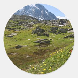 ¡La cordillera de las montañas - atontando! Pegatina Redonda