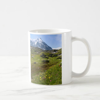 ¡La cordillera de las montañas - atontando! Taza Básica Blanca