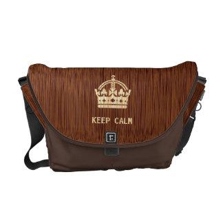la corona británica hecha del efecto de madera gua bolsas messenger