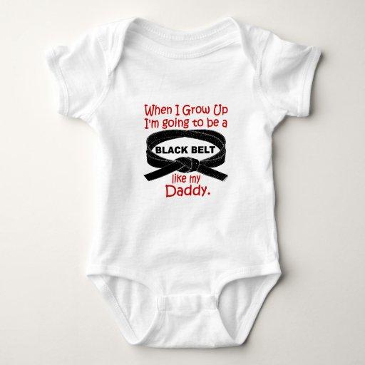 La correa negra del KARATE tiene gusto de mi papá Body Para Bebé