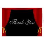 La cortina roja de Hollywood le agradece Tarjeta Pequeña