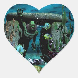 La criatura desconocida del mar pegatina en forma de corazón