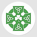 La cruz céltica de St Patrick Etiquetas Redondas