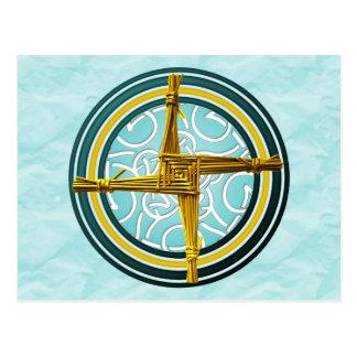 La cruz de Brigid amarillo en azul Postales