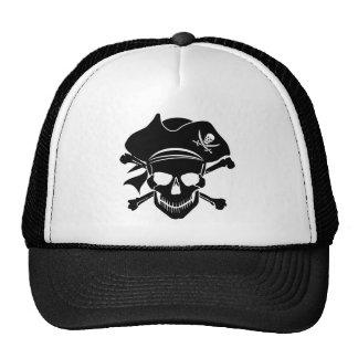 La cruz del cráneo del pirata deshuesa el gorra