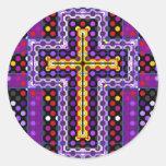 La cruz santa etiqueta redonda