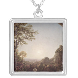 La cruz solitaria, 1845 collar plateado