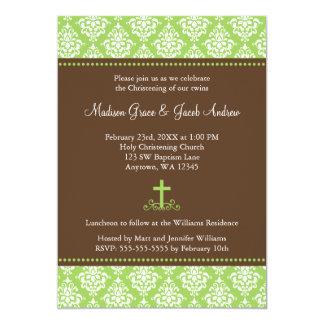 """La cruz verde del damasco de Brown hermana bautizo Invitación 5"""" X 7"""""""