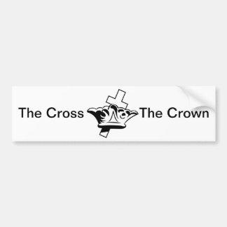 La cruz y la corona pegatina para auto