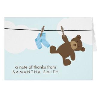 La cuerda para tender la ropa del bebé le agradece tarjeta pequeña