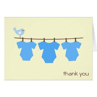 La cuerda para tender la ropa le agradece las tarj felicitación