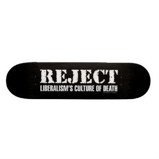 La cultura del liberalismo del rechazo de la tabla de patinar