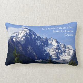 La cumbre de la almohada del Lumbar del paso de