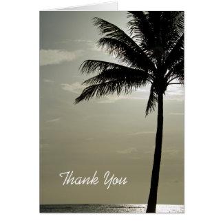 La dama de honor del boda de playa de la palmera tarjeta de felicitación