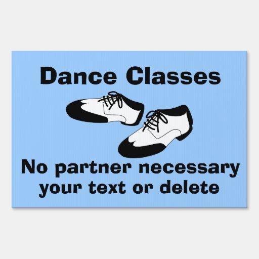 La danza del oscilación calza las clases de danza letrero