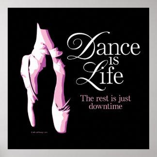 La danza es vida posters