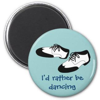La danza para hombre del oscilación calza la ident imán redondo 5 cm